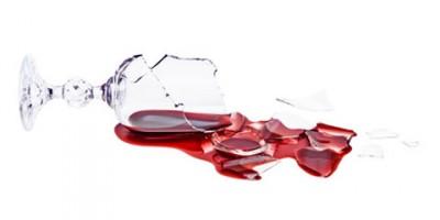 Urteil: Sturz unter Alkoholeinfluss als Arbeitsunfall anerkannt