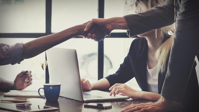 So verschmelzen HR und Recruiting – 5 Tipps
