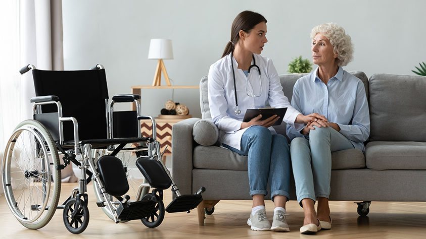 Pflegefachkräfte erfolgreich im Ausland rekrutieren Neues Beratungsangebot von CareerBuilder und Mondial Expert