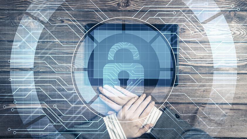 Versicherungsschutz für digitale Berufe – Was zahlt sich wirklich aus?